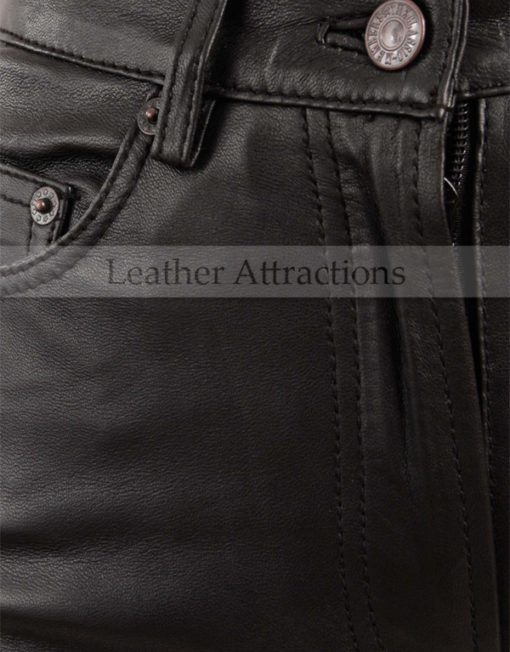 Jean-Style-5-pocket-Women-black-leather-Pants-Closup-Front